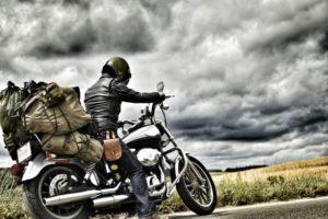 バイクの年間走行距離の目安は?